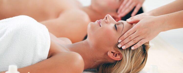 Masaje en pareja, el regalo para dos